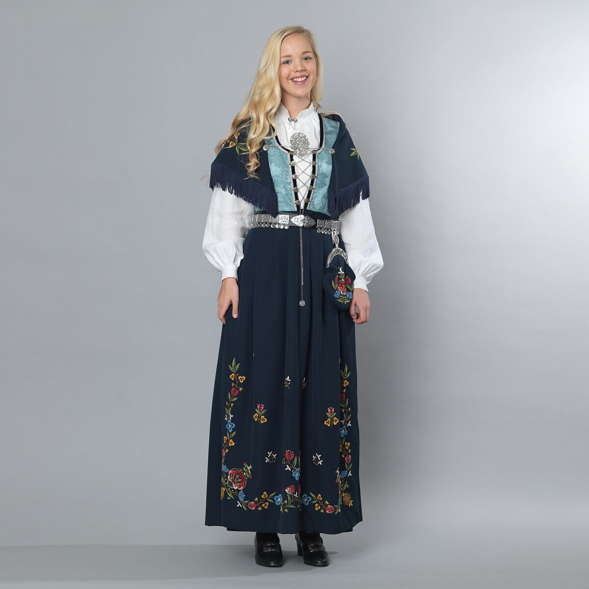 Rogalandsbunad Jelsa-96