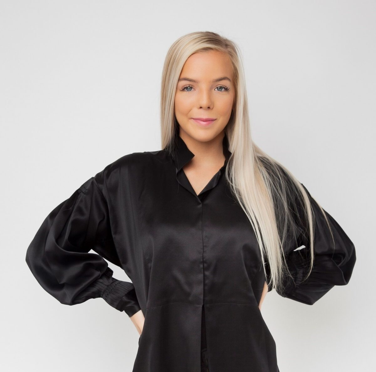 Silkeskjorte, sort-0
